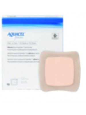 Pansement hydrocellulaire Aquacel™ Foam Adhésif - La boîte de 16, dim. 12,5 x 12,5 cm.